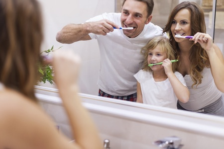 Healthy Dental Habits in Kids – 5 Tips